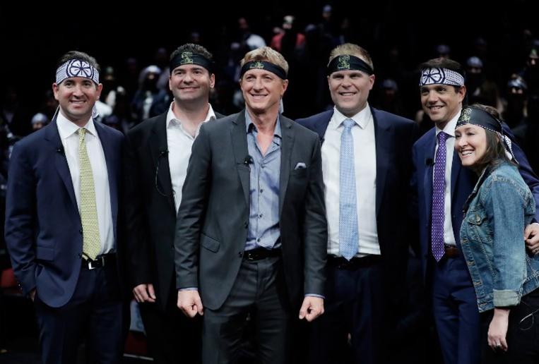 L'équipe de Cobra Kai porte un bandana